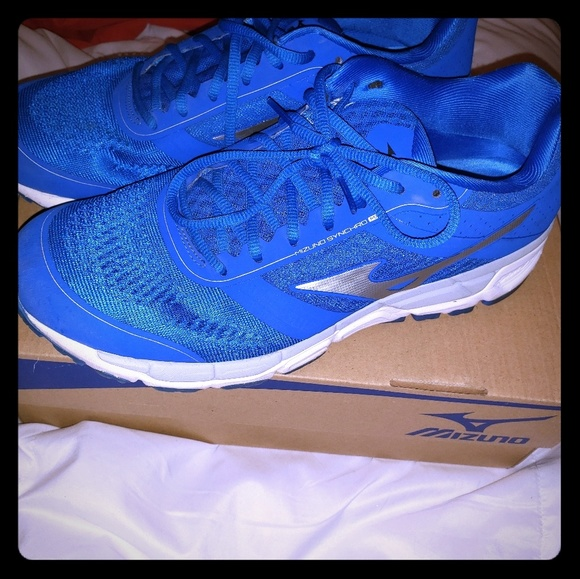 Mizuno Other - Mizuno shoes 10.5